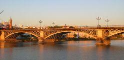 1200px-Pont_Triana