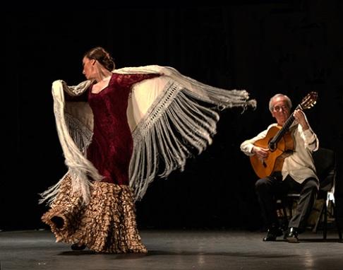 Paco-Pena-Flamenco-Dance-Company-Flamencura-11769